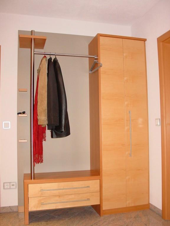 Garderobe ulrich wolf schreinerei und schlafsysteme for Garderobe individuell